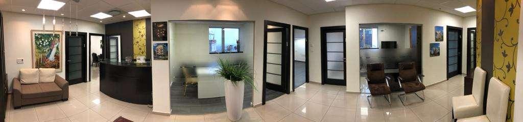 """230 מ""""ר משרד מטופח ומרוהט בק' גבוהה במגדל משה אביב, פנורמה על המשרד"""