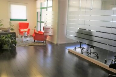 """170 מ""""ר משרד להשכרה במשה אביב, רמת גימור גבוהה ק' גבוהה מאד, כניסה"""