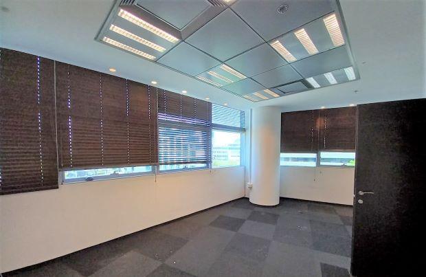 """1,400 מ""""ר משרד להשכרה במגדל פאר בהרצליה פיתוח, חדר עבודה"""