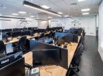 משרד הי טק להשכרה בבני ברק, מטופח ומעוצב אדריכלית, אופן ספייס, 40 עמדות.