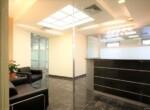 """360 מ""""ר משרד להשכרה למכירה במגדלי בסר, ק' גבוהה, נוף לים עמדות קבלה והמתנה"""