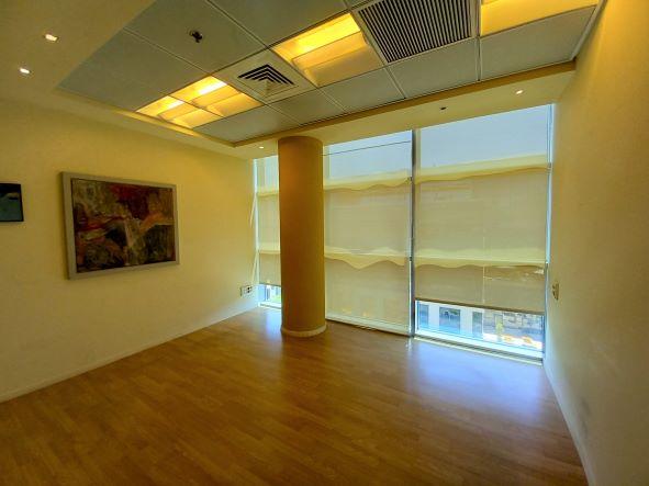 """500 מ""""ר משרד להשכרה בהרצליה פיתוח, מושקע ומעוצב, חדר עבודה 2"""