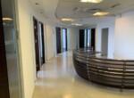 """265 מ""""ר משרד מטופח בגימור גבוה, בקומה גבוהה במגדל משה אביב, עמדת קבלה"""
