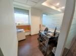 """350 מ""""ר משרד להשכרה בקרית מטלון פ""""ת מטופח בגימור מעולה, חדר עבודה"""