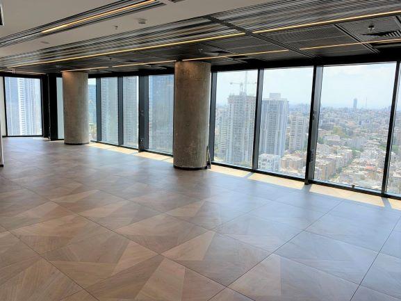 """375 מ""""ר משרד להשכרה, במגדל מרכזי בת""""א, ניתן לחלוקה ל- 125 -250 מ""""ר, ק' גבוהה, נוף לים, אופן ספייס 3"""